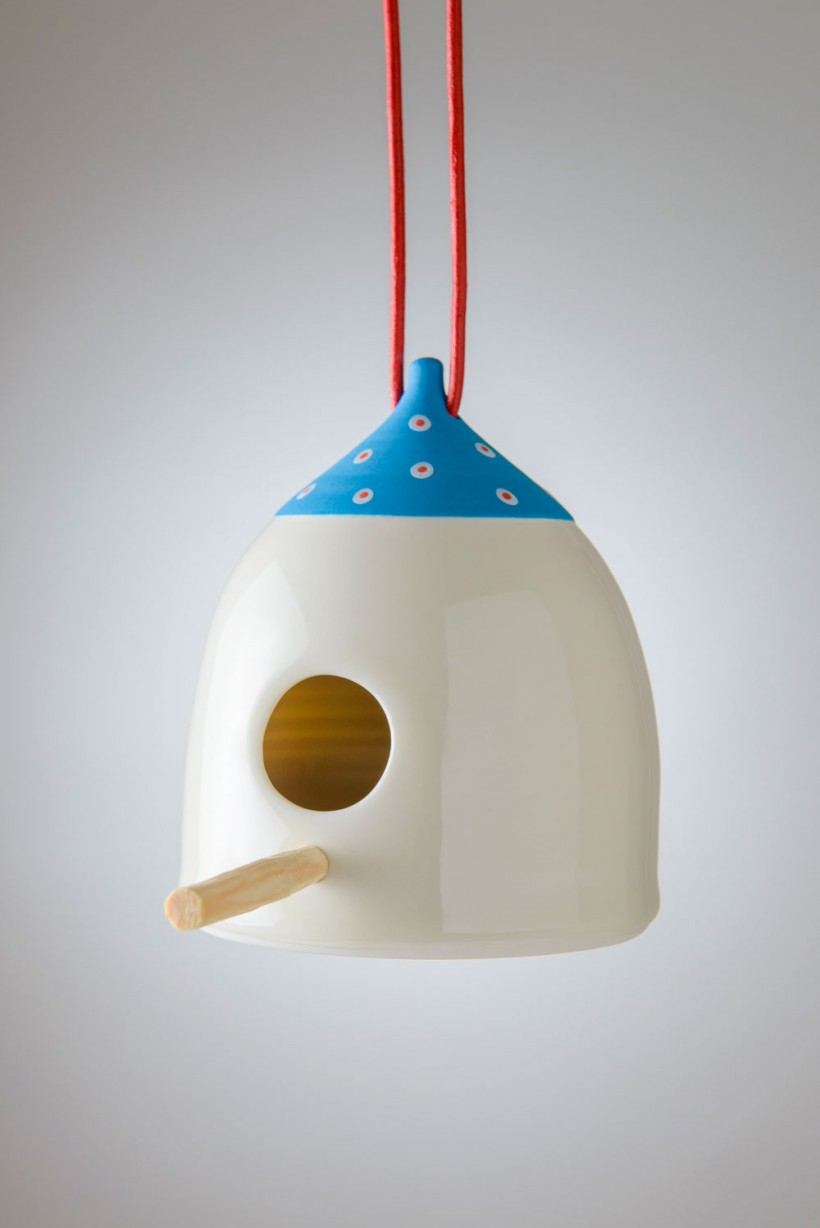 Bird Feeder Blue, Light blue Red Dot
